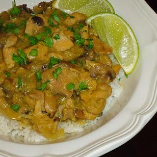 Khoresht Gharch (Persian Mushroom Stew)