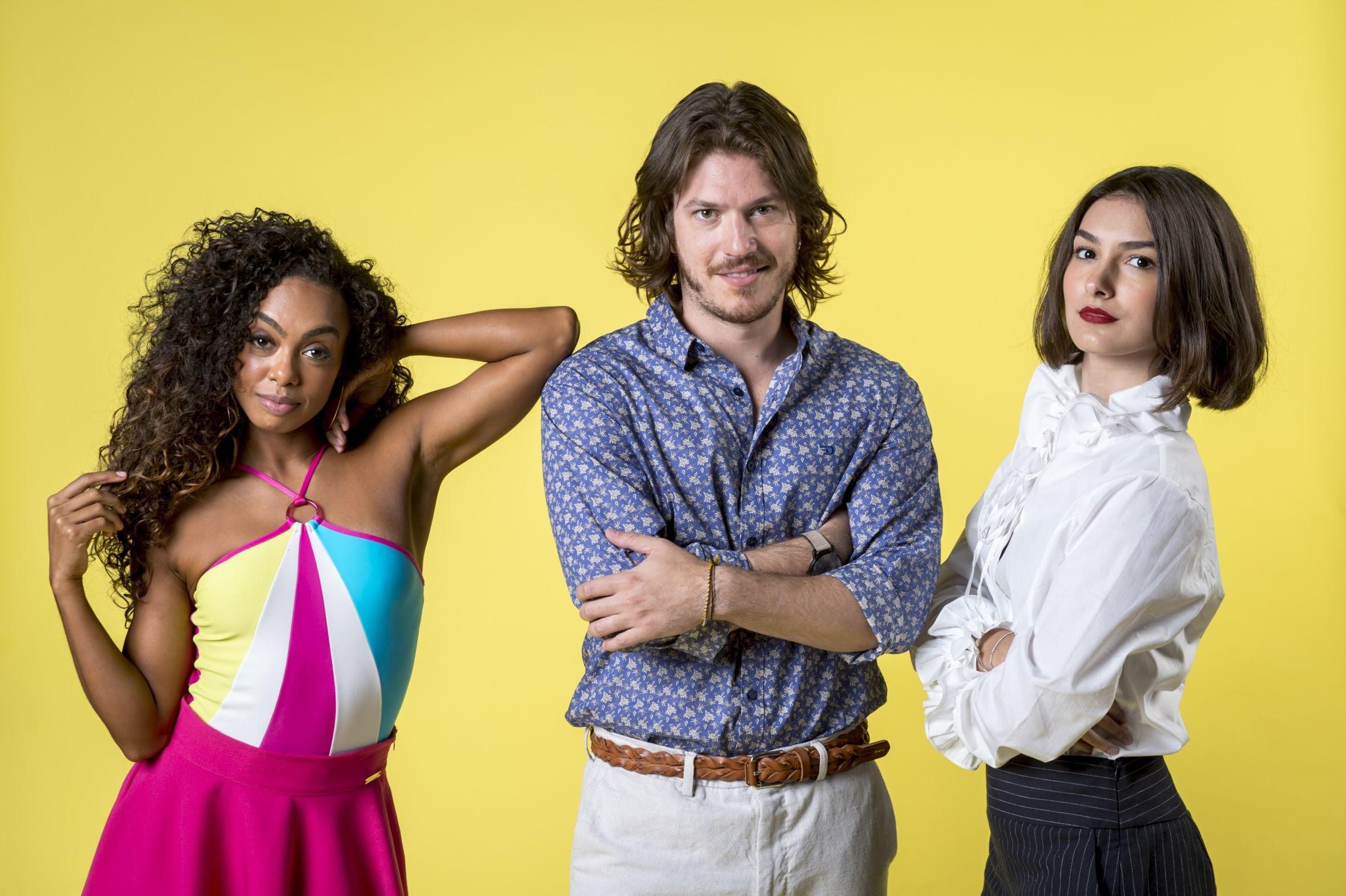 O triângulo amoroso formado por Quinzinho (Caio Paduan) , Larissa (Marina Moschen) e Dandara (Dandara Mariana) Verão 90