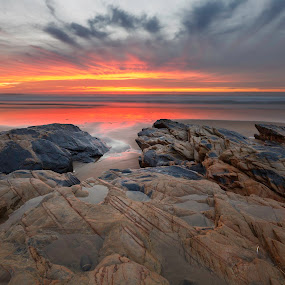 Red by João Freire - Landscapes Sunsets & Sunrises ( praia, pôr-do-sol, são torpes, portugal, landscape, paisagem, garyfonglandscapes, holiday photo contest, photocontest, , Love is in the Air, Challenge, photo )
