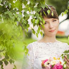 Wedding photographer Alena Gorbacheva (LaDyBiRd). Photo of 10.06.2013