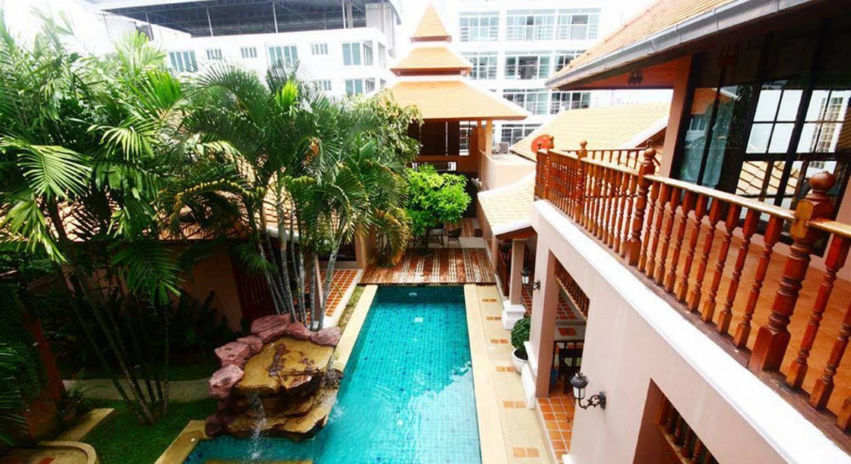 Tamnak Resort