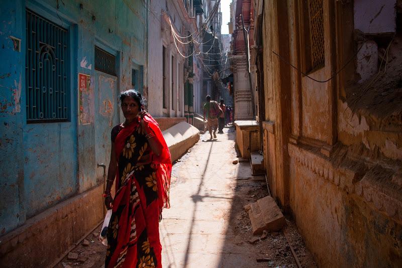 Red Sari di nena
