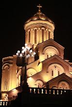 Photo: Tbilisio Švenčiausios Trejybės katedra.   Holy Trinity Cathedral of Tbilisi.