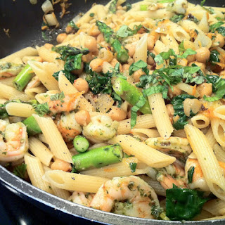 Flexitarian Penne with Chickpeas, Grilled Asparagus & Chicken or Shrimp