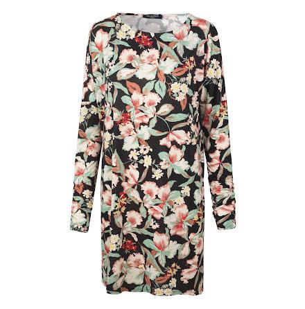 Ilse Jacobsen short dress flowers on black
