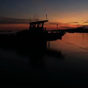 by Iwenk Apriwan - Transportation Boats