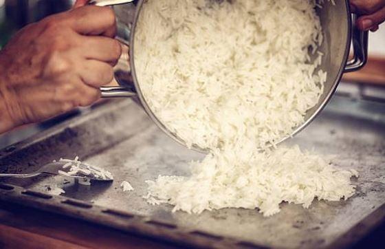 Arroz al curry fácil, receta vegana