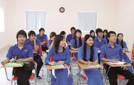 Đến Khoa Kinh tế SaigonACT để học ngành Quan hệ công chúng
