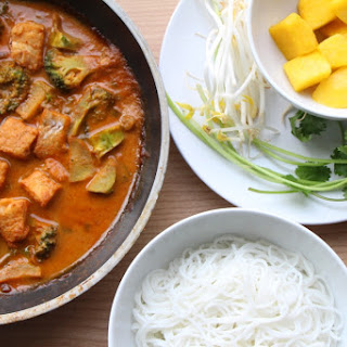 Thai Red Curry Fish Noodle 泰式紅咖哩魚 (GF, Dairy-Free, Oil-Free).
