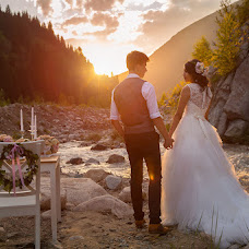 Wedding photographer Evgeniy Osadchiy (eosphotokz). Photo of 20.07.2015