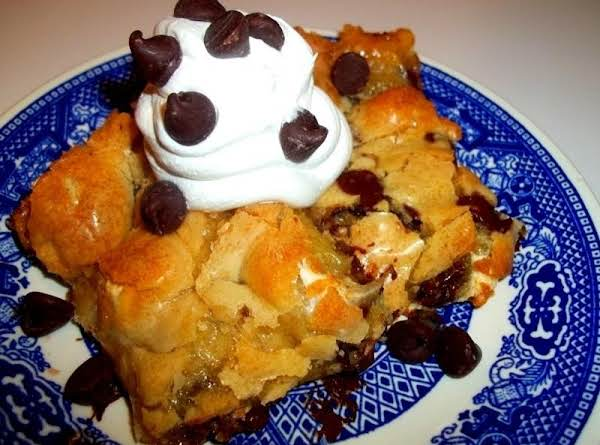 Ooey Gooey Chocolate Marshmallow Cake