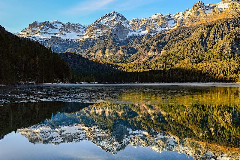 Lago di Tovel allo Specchio di Nuriger