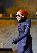Photo: Wien/ Theater in der Josefstadt: FRÄULEIN JULIE von August Strindberg. Premiere 6.10.2015. Inszenierung: Anna Bergmann. Sona MacDonald. Copyright: Barbara Zeininger