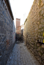 Photo: On the streets in Amed