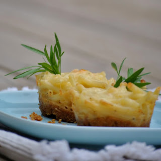 Mini Mac-n-Cheese Pies