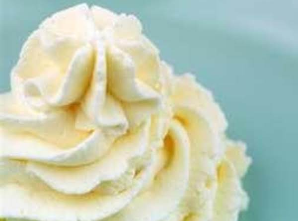 Fredas Whipping Cream Frosting Recipe
