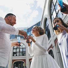 Wedding photographer Valya Lipatova (LipaValenti). Photo of 24.07.2017