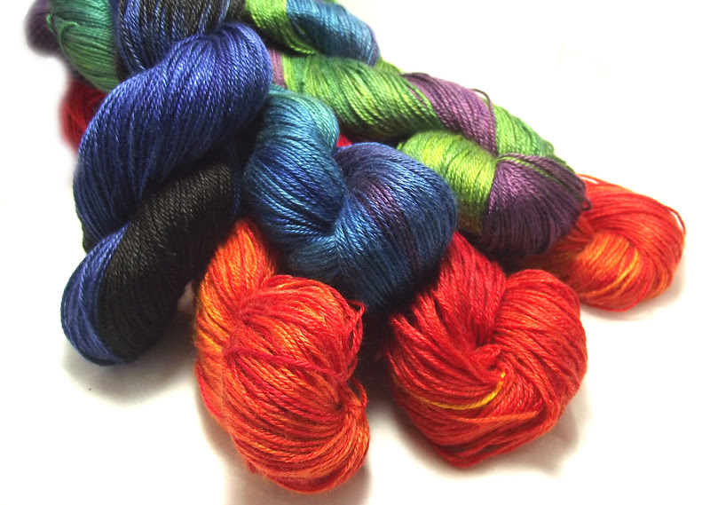 Photo: Six skeins to choose from!