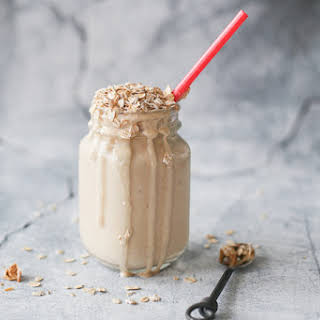 Peanut Butter Oatmeal Breakfast Smoothie.