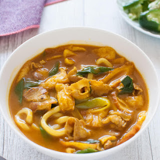 Curry Udon (Udon Noodles with Curry Flavoured Broth).