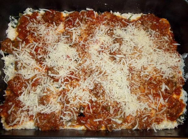 Spread a layer of ricotta mixture over the noodles, be generous. Spread 2 -...