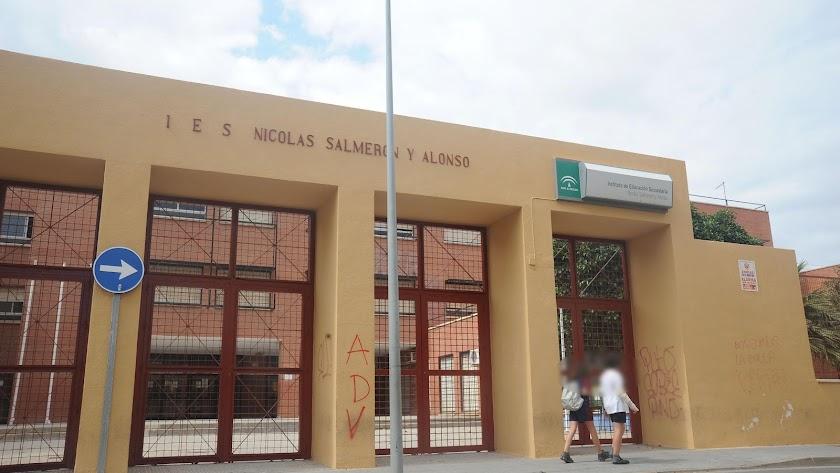 En la imagen, el instituto de secundaria Nicolás Salmerón, en la capital.