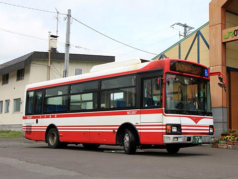 宗谷バス「天北宗谷岬線」 ・744 音威子府駅にて_02