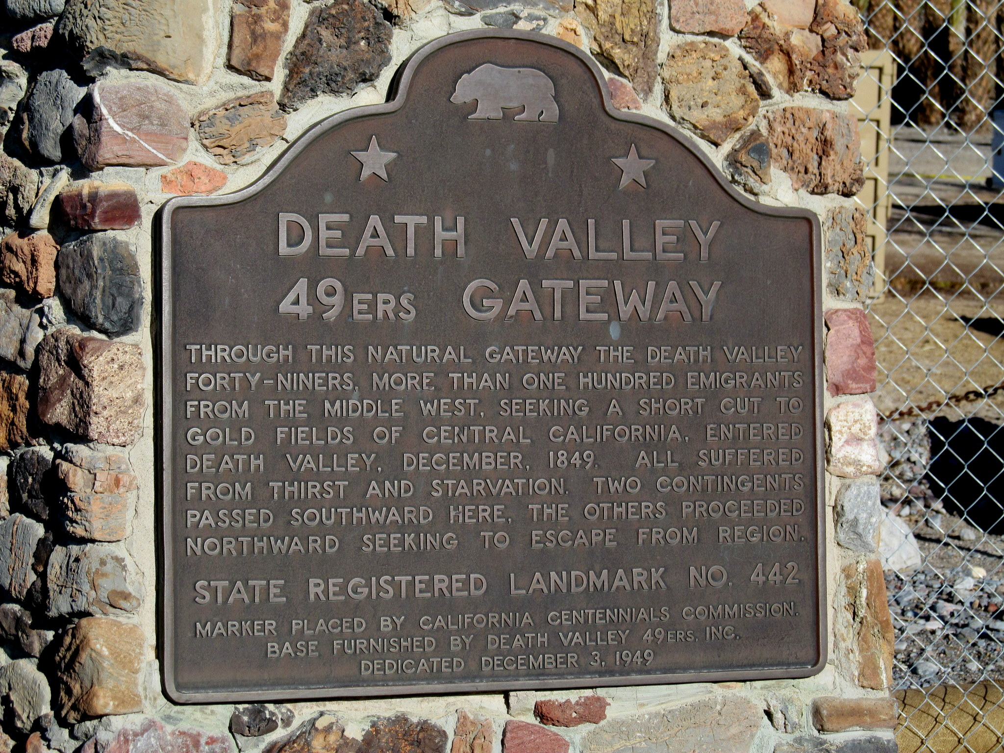 Photo: Death Valley 49ers Gateway plaque
