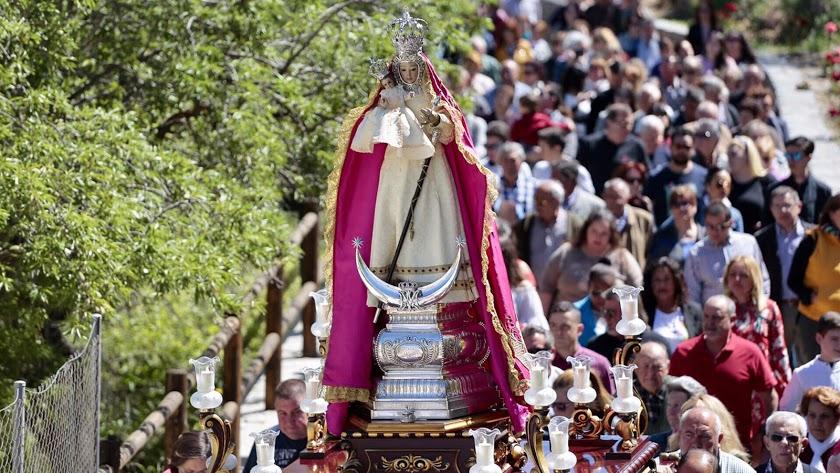 Procesión de la Virgen de la Cabeza, en una romería anterior.