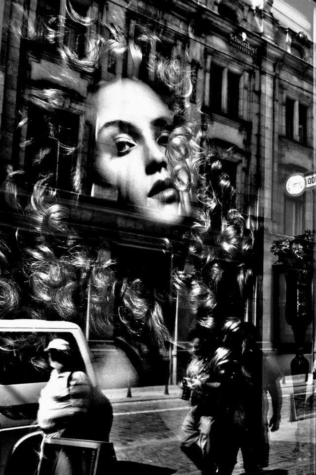 mirror on the street di Adri1964
