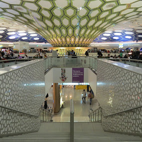Abudhabi airport by Anto Boyadjian - Buildings & Architecture Other Interior ( dutyfree, airport, terminal )
