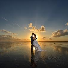 Wedding photographer jhons creassy (jhonscreassy). Photo of 11.06.2015