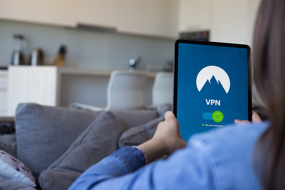 How Does A VPN Protect You on Public Wifi? 1