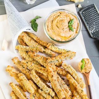 Garlic White Pizza Hummus & Baked Zucchini Fries