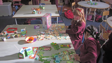 Photo: Junior Infants - Jigsaws