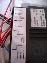 Photo: Detalle del conexionado de la unidad de control.