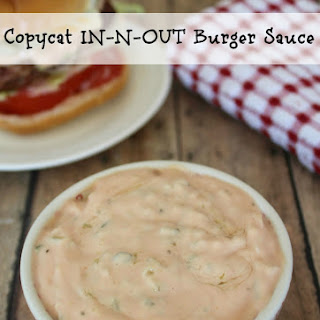 Copycat IN-N-OUT Burger Sauce.