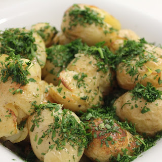 Herbed Smashed Potato Salad