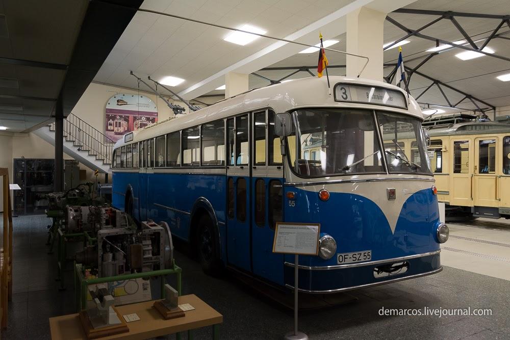 Frankfurt_Transport_Museum_Büssing_ludewig_kippe_r