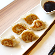 Vegetable Gyoza (8 pcs)