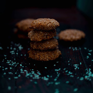 Healthy Oat And Coconut Energy Biscuits