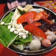 老先覺麻辣窯燒火鍋(中和南華店)