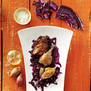 Braised Red Cabbage and Chicken Legs
