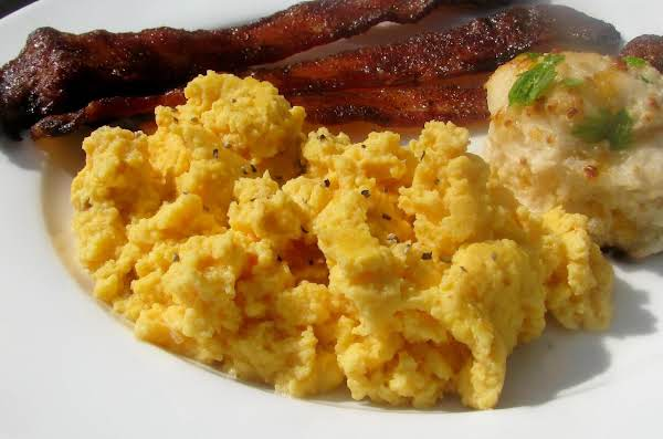 Southwest Scrambled Eggs With Jalapeno Jelly