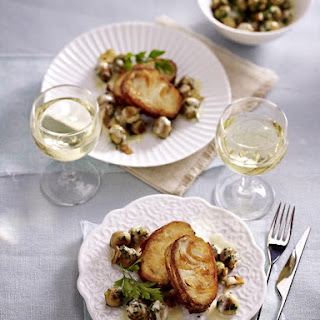 Pan-Fried Fish with Mushrooms.