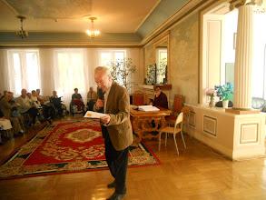 Photo: Prowadzacy koncert mgr Janusz Pietrzykowski