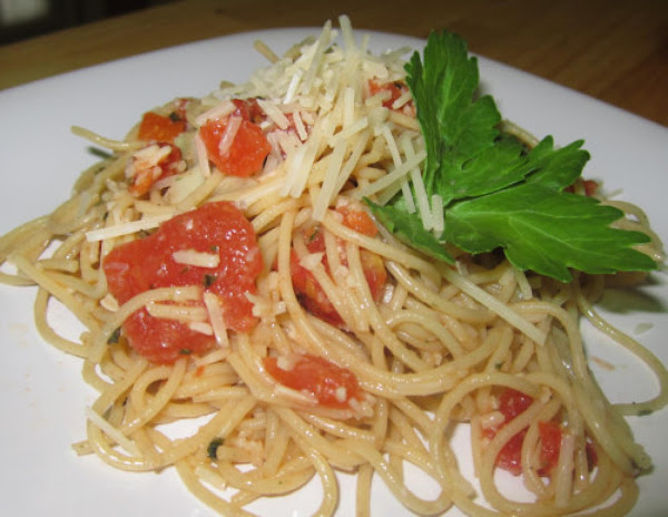 Whole Grain Spaghetti With Roasted Garlic Sauce Recipe