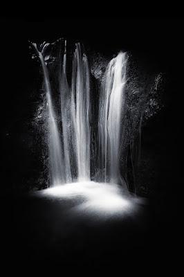 Una cascata di luce di carracate