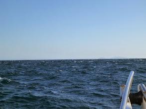 Photo: 波・風、収まる方向ですが・・・吹いてます。