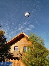 Photo: Le Ballon Bleu, Sauret-Besserve, Auvergne